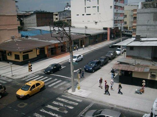 Guayaquil, Ecuador, Hostal Suites Madrid. Vista desde la terraza.