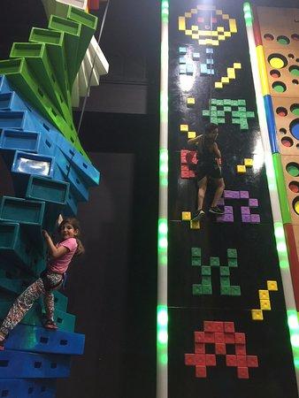 Gosford, Australia: Kids having fun