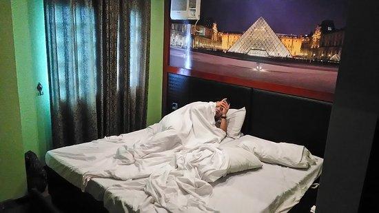 Eurotel Makati Hotel: P_20161124_094309_large.jpg