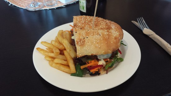 Hastings Point, Australia: BEST BURGERS !!!💚