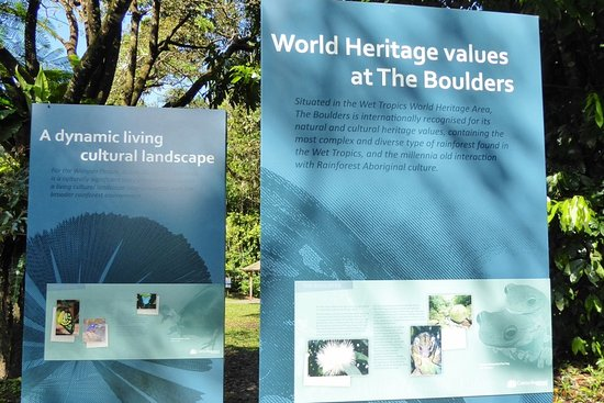 Babinda, Australia: Information boards