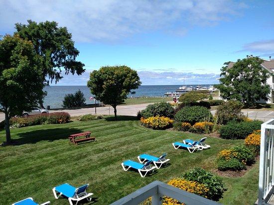 Ephraim Shores Resort: views from balcony