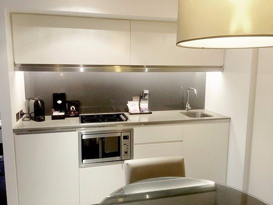 fraser suites sydney now 170 was 2 4 7 updated. Black Bedroom Furniture Sets. Home Design Ideas