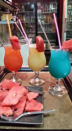 Fresh Cafe Snack Bar: our fresh coctails