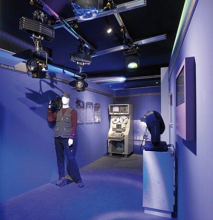 MoMS - Museum of Modern Showlighting
