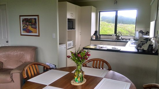 Warkworth, New Zealand: Self contained house