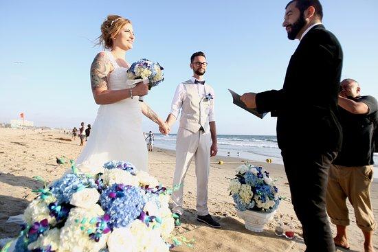 Albertson Wedding Chapel Santa Monica Beach