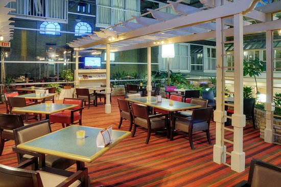 Delta Hotels by Marriott London Armouries: Cantata Lounge