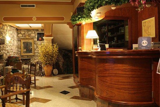 Hotel Saini Meuble Picture