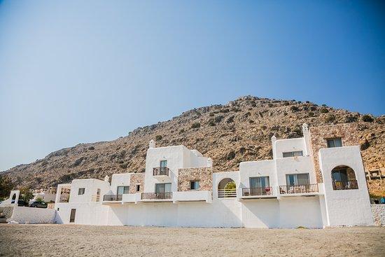 Axiotheaton Luxury Private Villas