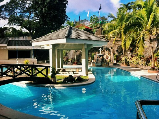 Estancia resort updated 2018 hotel reviews price comparison tagaytay philippines for Tagaytay resort with swimming pool