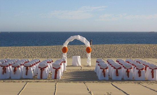 Pueblo Bonito Sunset Beach Golf & Spa Resort: PBSunset Beach Wedding On The Beach