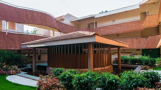 Yogakshema Ayurveda Center