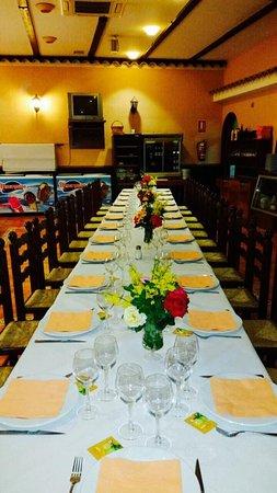 Decoración mesa comedor bautizo - Picture of Restaurante Barreda ...