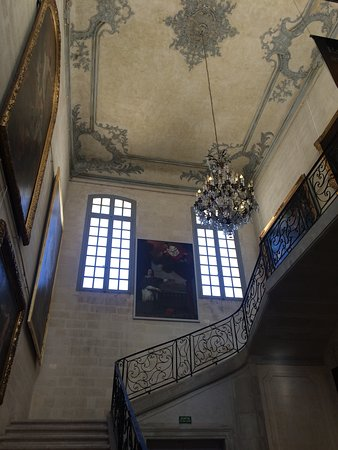 Musee Calvet - the main staircase