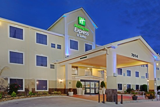 Holiday Inn Express Houston Bush Intercontinental Airport East: Perfect for romantic getaways or weekend family trips!