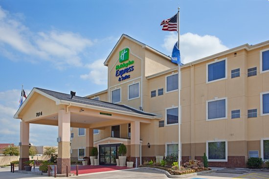 Holiday Inn Express Houston Bush Intercontinental Airport East: Hotel Exterior