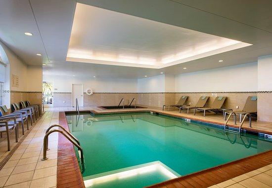 SpringHill Suites Williamsburg: Indoor Pool