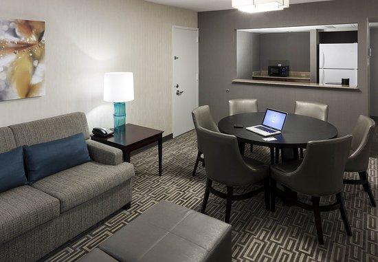 Fairfax, VA: Executive Suite – Living Area