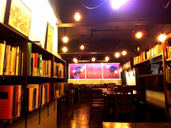 Socrates Vegan Hut: The renovated Restaurant 1