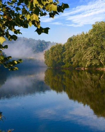 Ruffs Dale, Pensilvania: Morning river fog