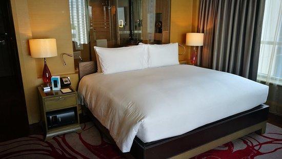 Sofitel Bangkok Sukhumvit: That amazing bed!