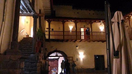 LOKI Cusco ภาพถ่าย