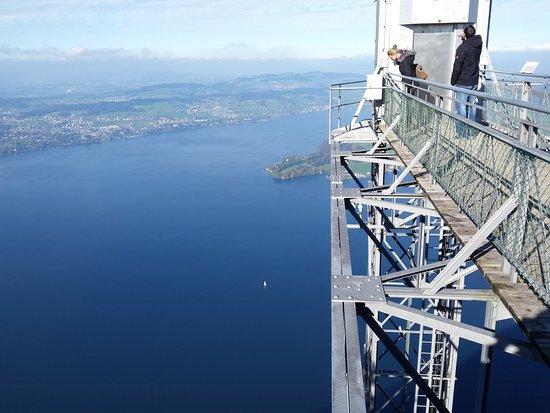 Burgenstock, Schweiz: Захватывающий вид наверху