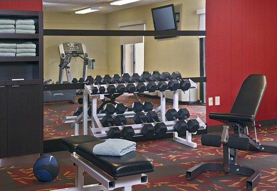 Landover, Maryland: Fitness Center Free Weights