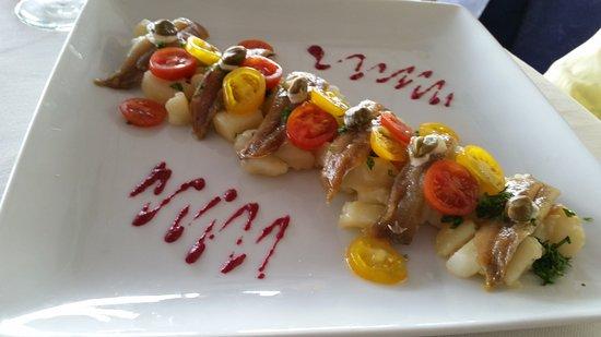 A Ma Bretagne : Restaurant avec terrasse bord de mer. Accueil sympathique. Bonne cuisine.