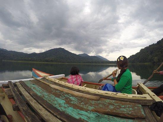 Gobleg, Indonesia: GOPR5791_large.jpg