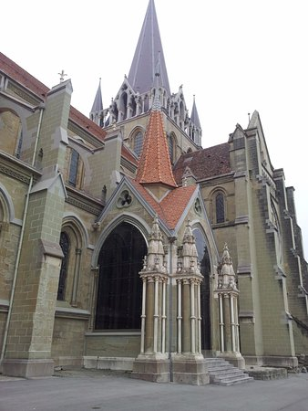 Catedral de Lausana: entrada