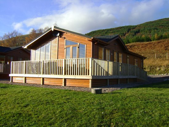 Lochaber Lodges: The three bedroom Executive Lodge external view