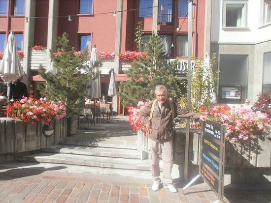 Saint-Maurice, Switzerland: muy florido!!