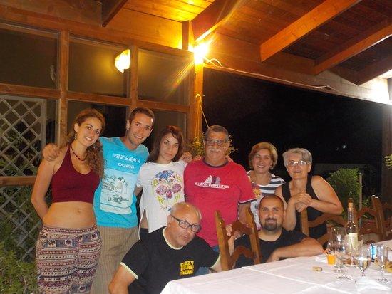 Pergine Valdarno, อิตาลี: e ha fine tour una cena classica Toscana