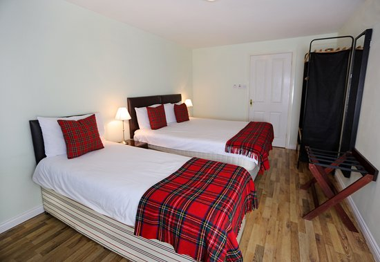 Hillhead Farm Lets: Triple/Twin Room