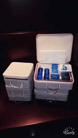 The Spaahh at Hotel 1000: Hydro Peptide Products