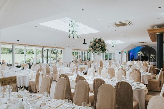 Chipping, UK: Conservatory - Wedding Breakfast
