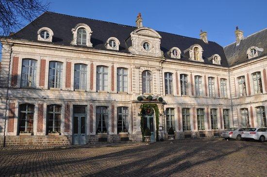 Gosnay, Frankreich: Façade de l'établissement