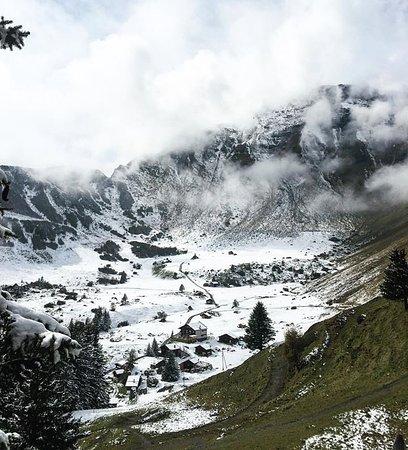 Murren, İsviçre: Mind-blowing postcard view!