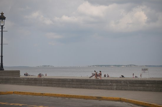 Revere, MA: skyline view