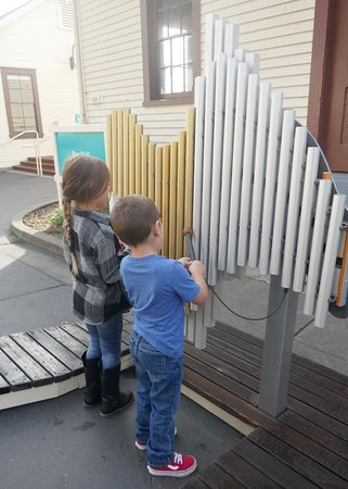 Bay Area Discovery Museum : Bang away, I mean play away!