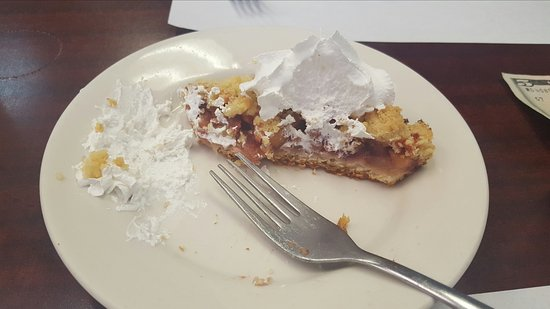 Melvindale, MI: Apple berry crumble bar