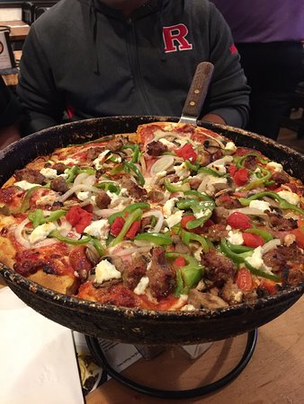 Pizz'a Chicago: photo1.jpg