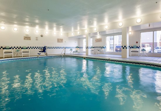 Independence, MO: Indoor Pool