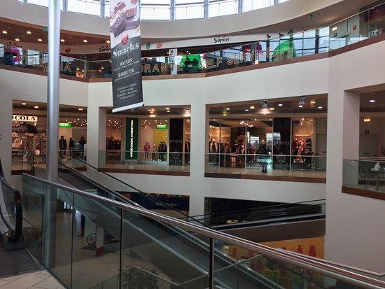 Centro Commerciale Meduna