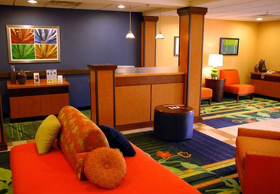 Christiansburg, VA: Lobby Sitting Area