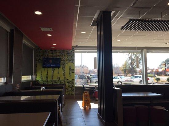 Wilson, NC: 店内の様子