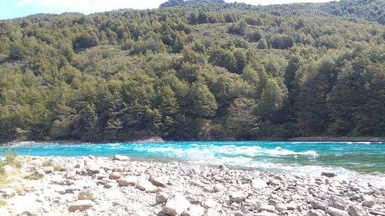 Puerto Bertrand, Χιλή: Rivier 1