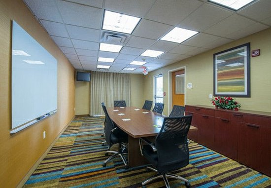 Hinesville, GA: Boardroom